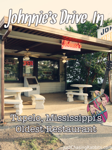 Johnnie's Drive-In is Tupelo, Mississippi's Oldest Restaurant and was a favorite hangout of #Elvis Presley | Things to do in Tupelo | Where to eat in #Tupelo | Things to do in #Mississippi  | #USA #travel #doughburger