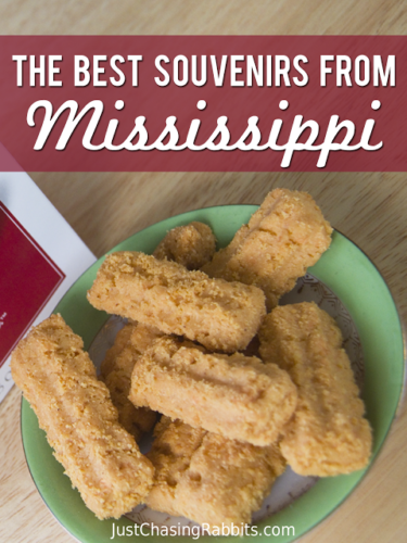 Best Souvenirs from Mississippi | If you're wondering what to buy in Mississippi to remember your trip to the Magnolia State, here's our list of favorite souvenirs! | Mississippi Souvenirs | #USA #VisitMS #souvenirs